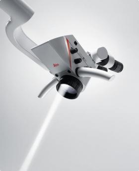 ライカ歯科用顕微鏡システムM320